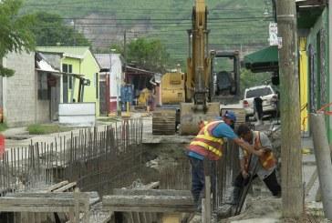 Construyen colector de aguas lluvias en el sector Lomas del Carmen
