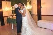 Allan y Alicia…una boda vestida de romanticismo y glamour