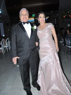 Los padres del novio, Sergio Danilo Suazo y Luisa Margarita de Suazo