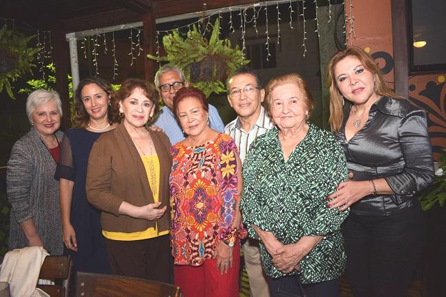 Una noche muy especial para celebrar la vida de doña Hilda Córdova