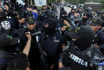 """Cobras exigen cambio de mando en la cúpula policial porque """"se presta para seguir lineamientos políticos"""""""