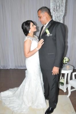 la bella pareja brilló con su luz propia...¡muy enamorados!
