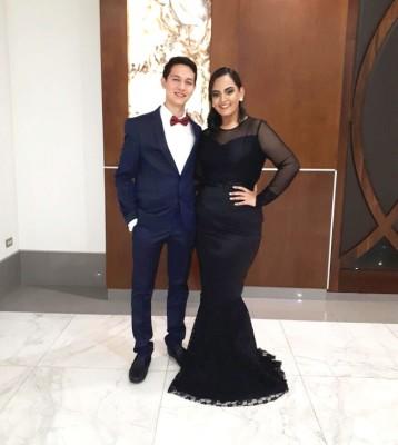Dennis Contreras y Andrea Santos