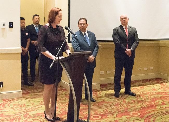 EEUU recibe la presidencia pro tempore del G-16 en Honduras