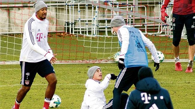 James Rodríguez al borde de irse a los golpes con un compañero del Bayern Múnich