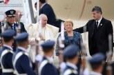 El Papa llega a Chile y comienza su gira por Sudamerica