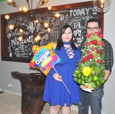 Alejandra Garza y Miguel Rodriguez.