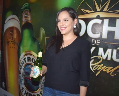La anfitriona de la noche fue Karen Osorio, Gerente de la Marca Port Royal.