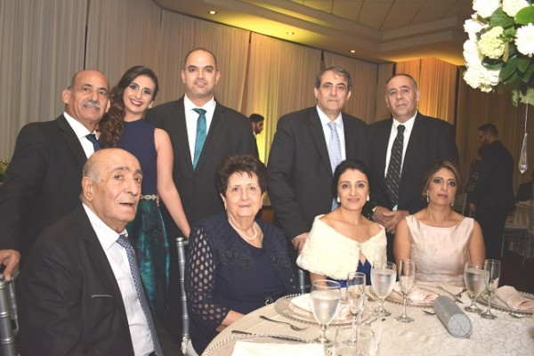 Abdala Jaar y Saba Khamis, Musa y Victoria Kawar, Ima Larah, Mery Larach, Karim y Hellen Qubaín