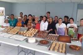 Mujeres sampedranas son capacitadas sobre panadería y repostería