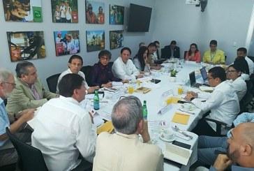 """Ebal Díaz: """"Si Manuel Zelaya se quiere incorporar a la Mesa del Diálogo es bienvenido"""""""