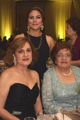 Joyce Jarufe, Samia Jarufe y Siham de Jarufe