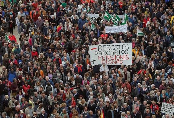 Jubilados reclaman pensiones justas en España