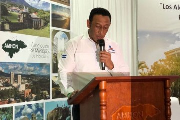 Alcalde de Campamento, Olancho, se convierte en el nuevo Presidente de la AMHON