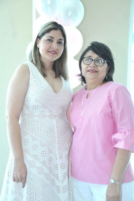 Claudia Benítez e Irene Canizales