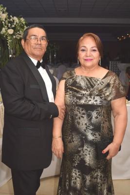 Los padres de la novia, Benicio e Isabel de García