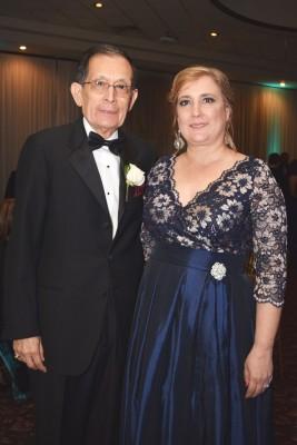 Los padres de la novia Diego y Martha Zerón