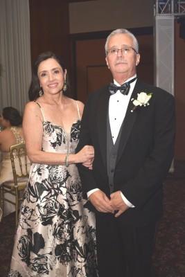 Los padres del novio Silvia y Rafael Rosales