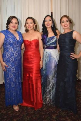 Melissa Abbud, Lorena Paredes, Ingrid Pineda y Nancy Hernández