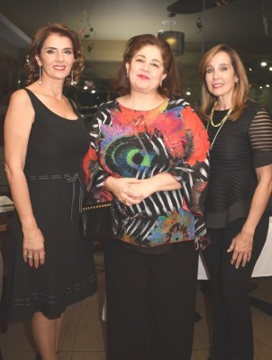 Suyapa Monterroso, Martha Canahuati y Sussie Panting