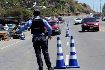 Los héroes anónimos que no descansaron en Semana Santa para brindar seguridad a veraneantes