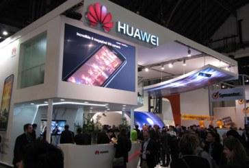 Huawei patenta un smartphone que se dobla como un libro
