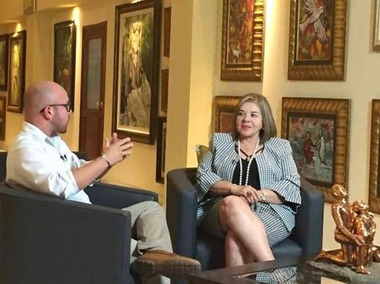 Entrevistan en Primicia a María Antonia Suazo, ganadora de Premio Educativo Internacional