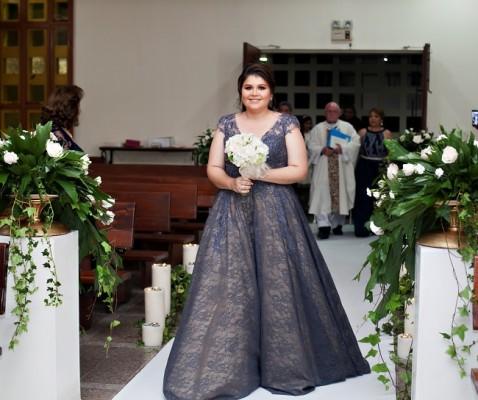La dama de honor y hermana de la novia, Samantha López de Castellón