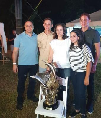 La familia Larach Burbara