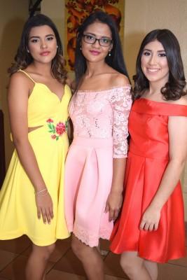 María José Ponce, Esther Barahona y Nicole Ponce