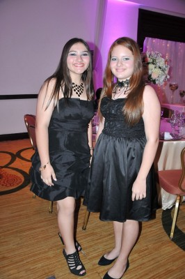 Michelle Montoya y Mia Montoya
