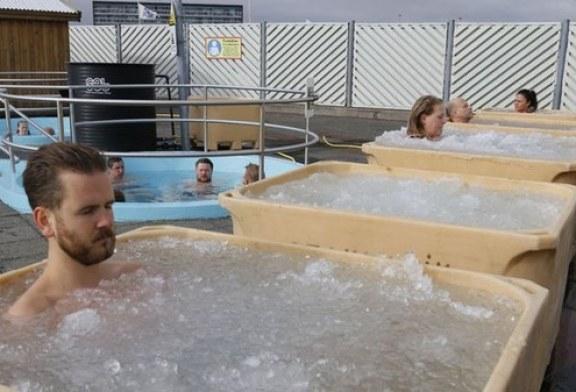 ¡Sorprendente! Campeonato de baño en agua helada