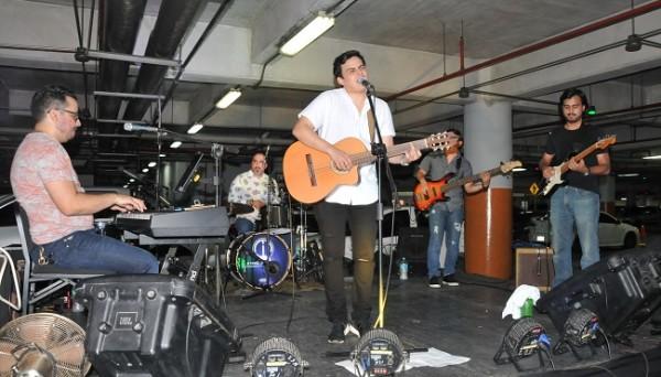 Rodolfo Bueso delitó al publico con su música