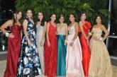 Brindan por su éxito en la gala del Instituto Bilingüe Valle de Sula