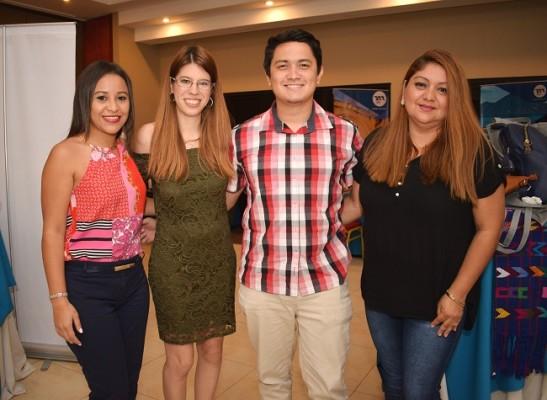 Issela Figueroa, Evelin Casco, Jacobo Gómez e Ivonne Pineda