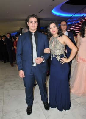 Jordy Martínez y Mónica Cardona