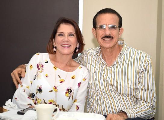 Mavira y Roberto Babún