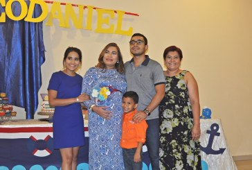 Una tarde especial en el baby shower para Milagro Sarahí