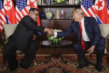 Histórica cumbre: 'Todo va muy bien', dice Trump tras plática privada con Kim Jong Un
