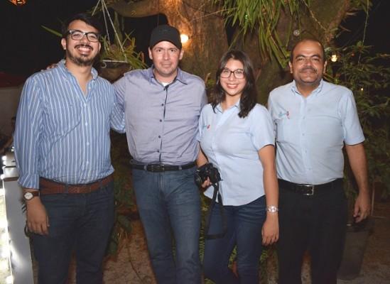 Víctor Rodríguez, Allan Caballero, Andrea Umaña y Mauricio Núñez