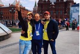 Sebastián Yatra llega a Moscú para apoyar a Colombia y canta su canción mundialista