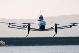 """Cofundador de Google realizó sus primeros vuelos de prueba del """"auto volador"""""""