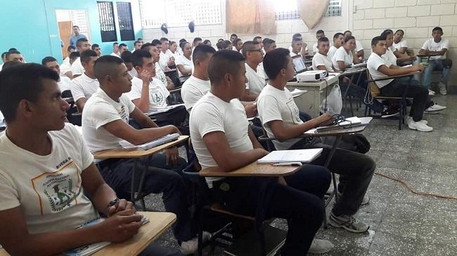 Contratarán personal docente para profesionalizar a nuevos agentes penitenciarios