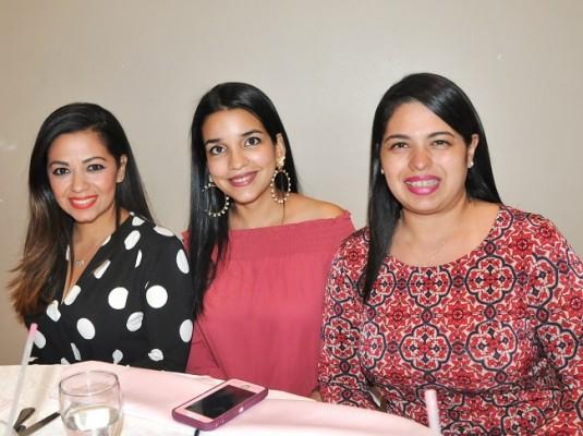 Andrea, Luisa y Diana Quintana