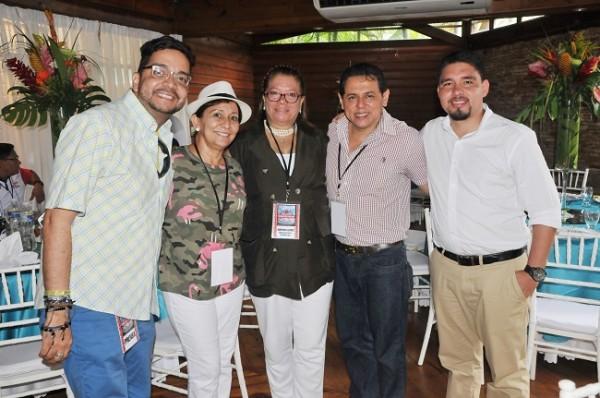 Enrique Oyuela, Margarita Rojas, Samuel Romero, Xiomara Lemus y Óscar Cerrato.