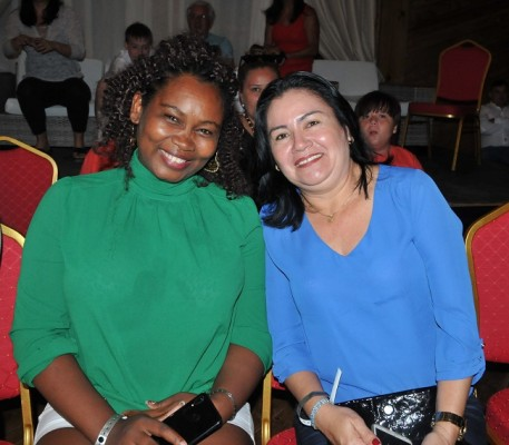 Kathia Reyes y Lesvi Zelaya.