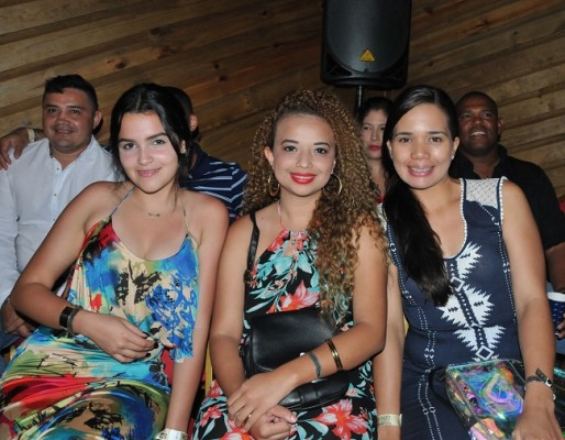 Andrea Hernández, Nicole Ramos y Cinthia Vásquez.