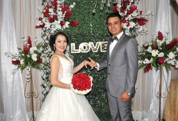 La boda de Jhoseline y Cristian…la cita más romántica de sus vidas
