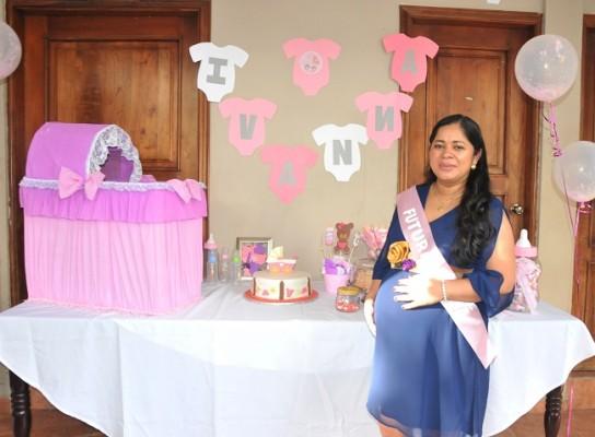 Luego de 4 años de matrimonio, Ana Julia Godoy de Maldonado recibió la tierna sorpresa de su vida ¡Ivanna Samantha!