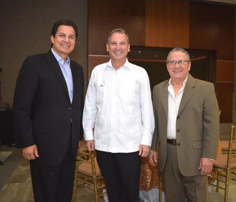 Mario Canahuati, Luis Larach y Óscar Galeano